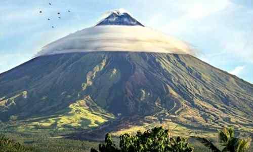Rare photo Mayon Volcano care mayon-volcano