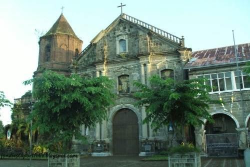 Pila Church