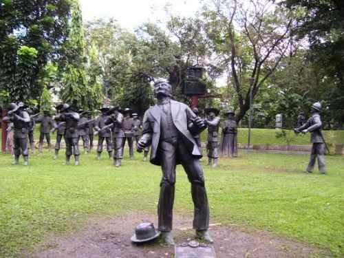 Rizal execution site memento