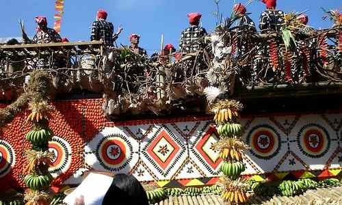 Real natives gracing the Kaamulan Festival Bukidnon care philippines-tourism