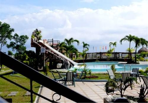 Coco Island Resort