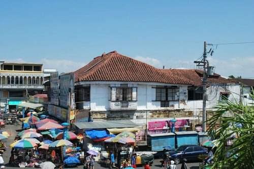 Alberto House